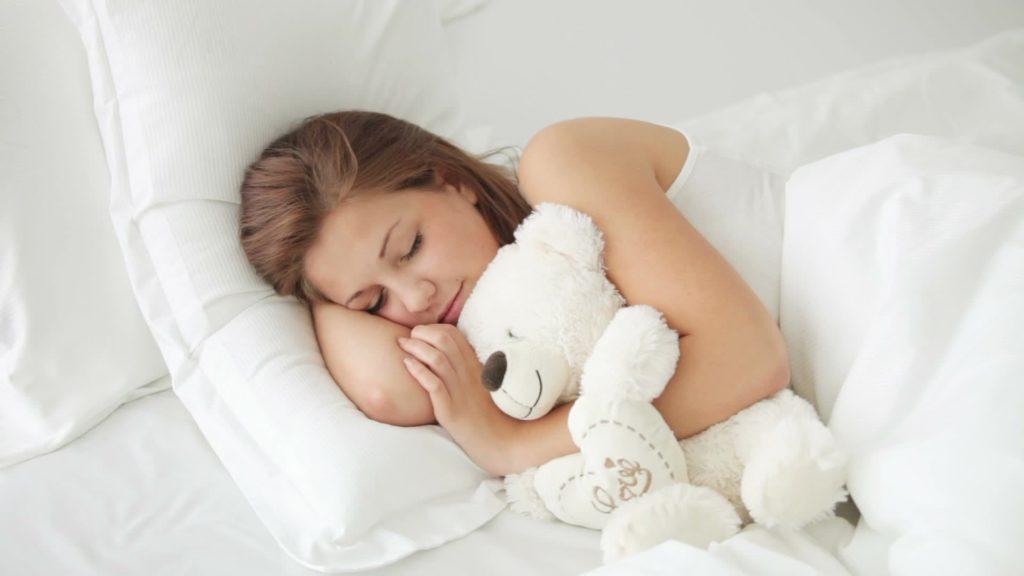 альтернативные мнения почему человек кричит во сне