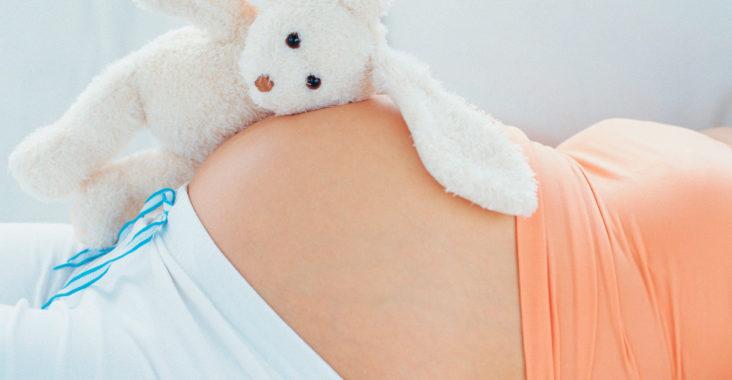 на каком боку лучше спать беременным