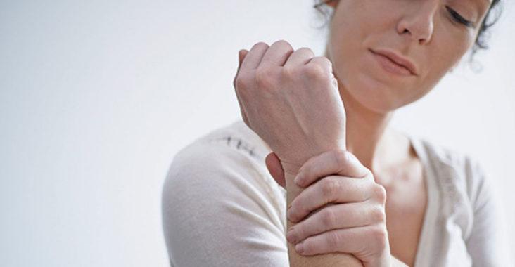 онемение пальцев рук и кисти