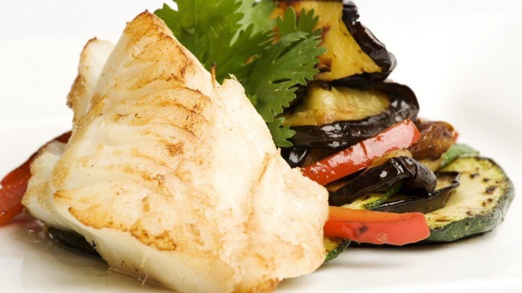 Рыба с овощами.