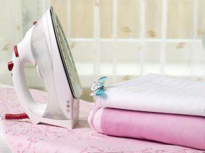 Утюг и постельное белье