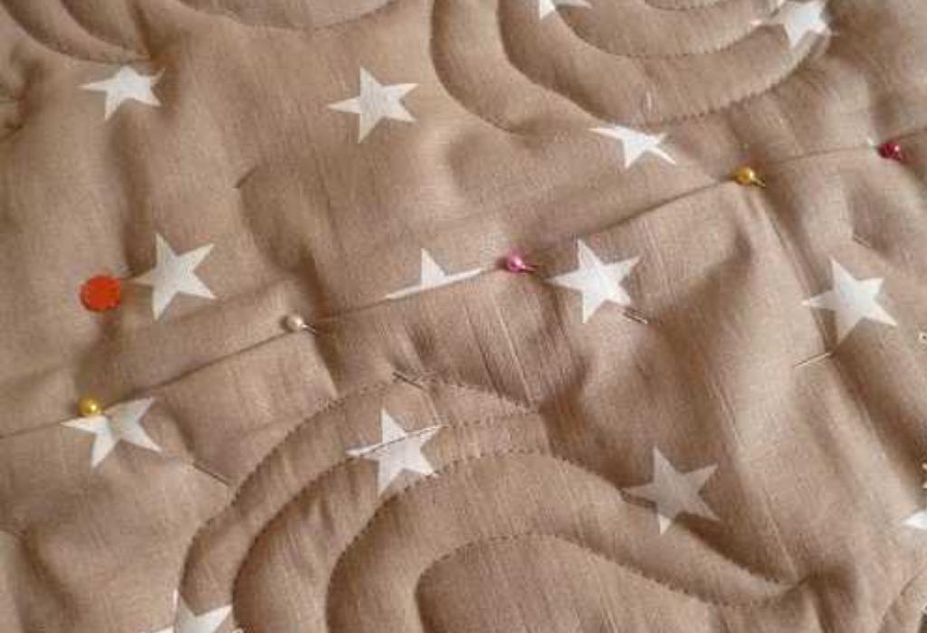 Стеганое одеяло, булавки